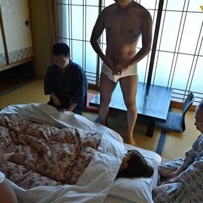 頼む…妊娠して…くれっ…!1泊2日の温泉孕ませチャレンジツアー前編♪友田彩也香-8