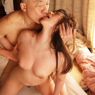 隣に住む大嫌いなオジサンに舐め犯されたオヤジ経験ゼロ女子大生 沙月恵奈 Vol.1-10