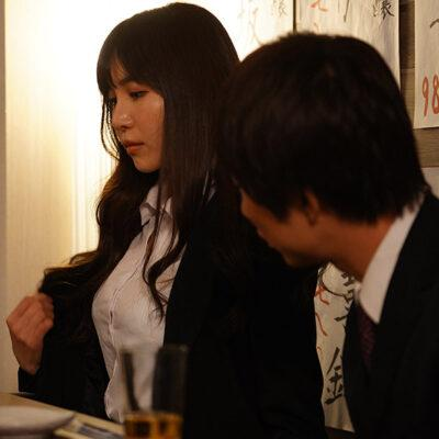 巨乳上司と童貞部下が出張先の相部屋で凄絶性交 小野夕子-4